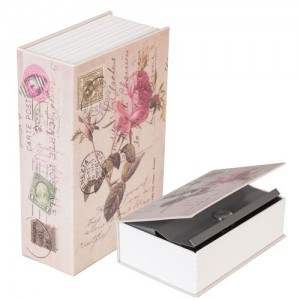 "Cutie-seif Book with ""Stamps and Roses"", Clayre & Eef"