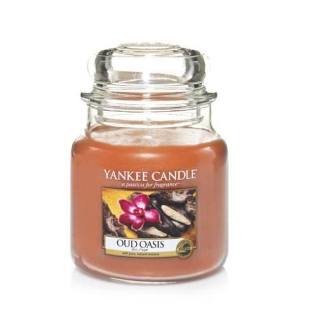 Lumanare Parfumata Borcan Mediu Oud Oasis, Yankee Candle