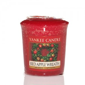 Lumanare Parfumata Votive Red Apple Wreath, Yankee Candle