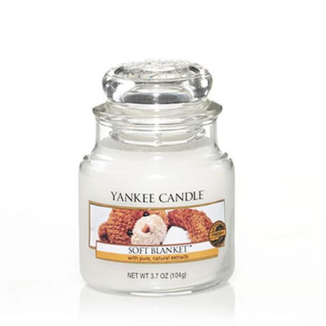 Lumanare Parfumata Borcan Mic Soft Blanket, Yankee Candle