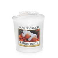 Lumanare Parfumata Votive Fireside Treats, Yankee Candle