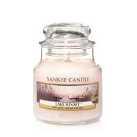 Lumanare Parfumata Borcan Mic Lake Sunset, Yankee Candle