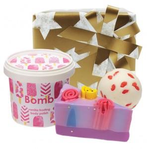 "Set cadou ""Vanilla Cake"", Bomb Cosmetics"