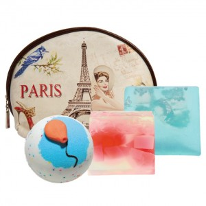 "Set Cadou ""From Paris with Love"", Bomb Cosmetics"