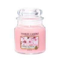 Lumanare Parfumata Borcan Mediu Cherry Blossom, Yankee Candle