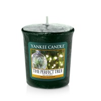 Lumanare Parfumata Votive The Perfect Tree, Yankee Candle