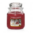 Lumanare Parfumata Borcan Mediu Christmas Magic, Yankee Candle