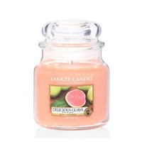 Lumanare Parfumata Borcan Mediu Delicious Guava, Yankee Candle