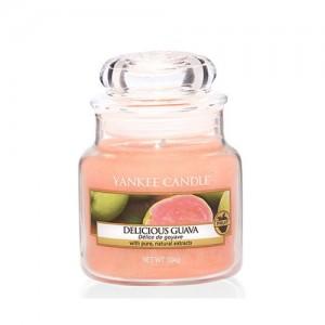 Lumanare Parfumata Borcan Mic Delicious Guava, Yankee Candle