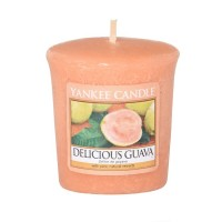 Lumanare Parfumata Votive Delicious Guava, Yankee Candle