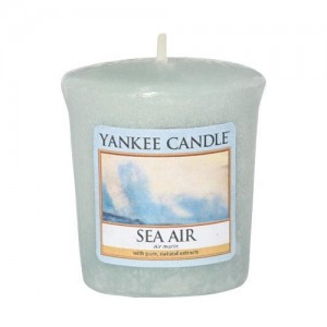 Lumanare Parfumata Votive Sea Air, Yankee Candle