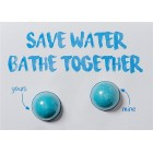 "Felicitare cu sare de baie, ""Save Water, Bathe Together"", Bomb Cosmetics"