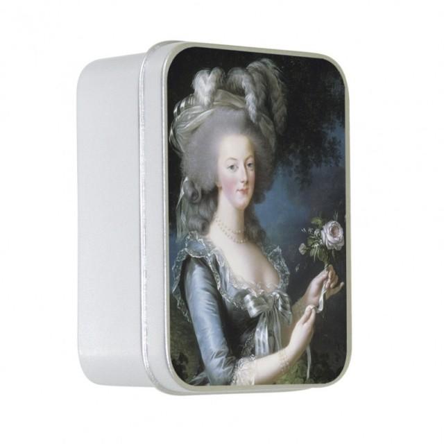Sapun in cutie Marie-Antoniette, Le Blanc