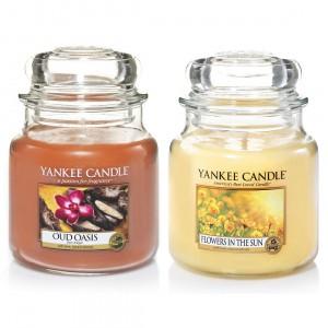 Set 2 Lumanari Parfumate Borcan Mediu, Oud Oassis & Flowers in the Sun, Yankee Candle