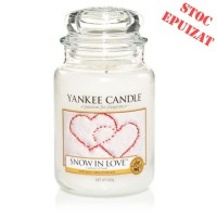 Lumanare Parfumata Borcan Mare Snow In Love, Yankee Candle