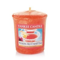 Lumanare Parfumata Votive Passion Fruit Martini, Yankee Candle