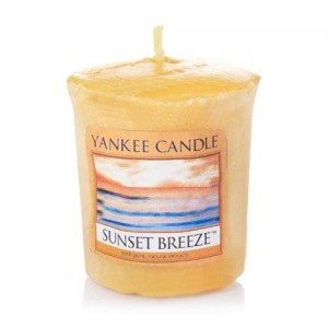 Lumanare Parfumata Votive Sunset Breeze, Yankee Candle