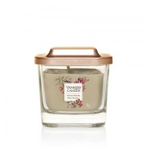 Lumanare Parfumata Borcan Mic Velvet Woods Elevation Collection, Yankee Candle