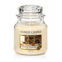 Lumanare Parfumata Borcan Mediu Winter Wonder, Yankee Candle