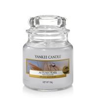 Lumanare Parfumata Borcan Mic Autumn Pearl, Yankee Candle