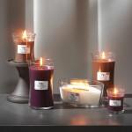 Lumanare Parfumata Borcan Mediu Amber & Incense, WoodWick®