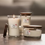 Lumanare Parfumata Borcan Mic White Teak, WoodWick®