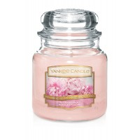 Lumanare Parfumata Borcan Mediu Blush Bouquet, Yankee Candle