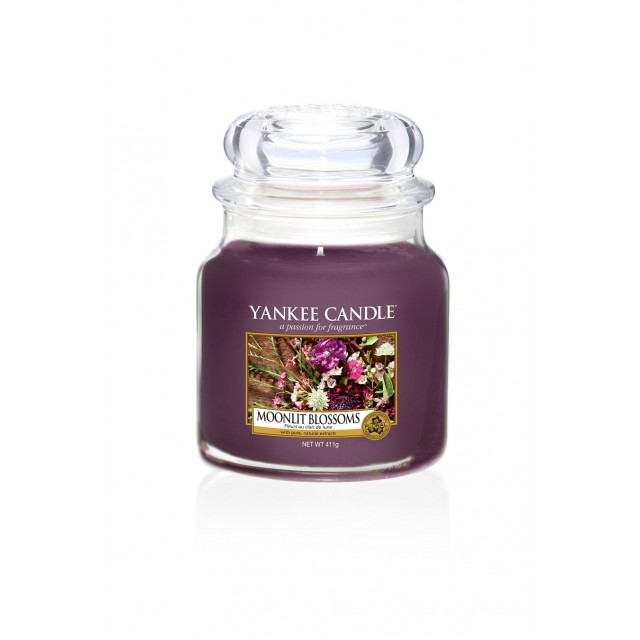 Lumanare Parfumata Borcan Mediu Moonlit Blossoms, Yankee Candle