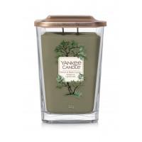 Lumanare Parfumata Elevation Collection Borcan Mare Vetiver & Black Cypress, Yankee Candle