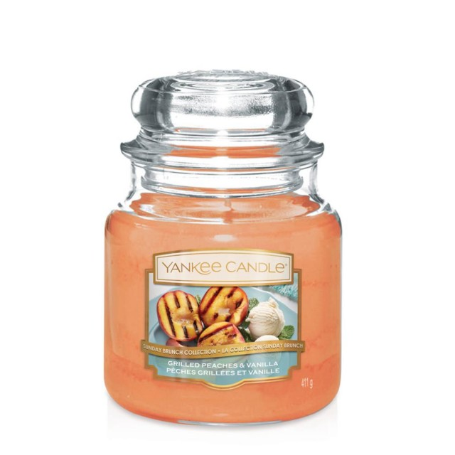Lumanare Parfumata Borcan Mediu Grilled Peaches & Vanilla, Yankee Candle