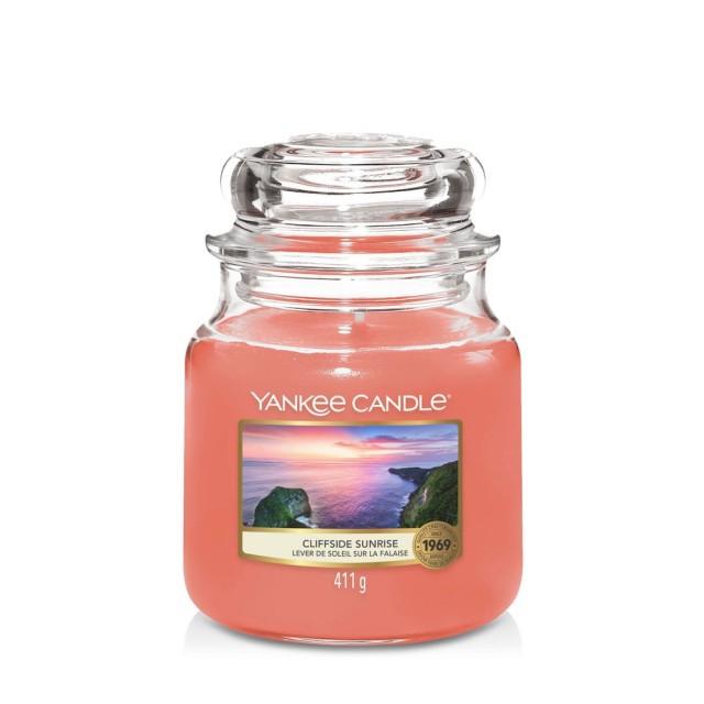 Lumanare Parfumata Borcan Mediu Cliffside Sunrise, Yankee Candle